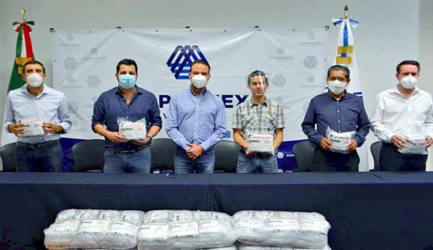 ENTREGA JUAN MANUEL UNÁNUE 36 MIL CUBREBOCAS AL SECTOR EMPRESARIAL DE VERACRUZ-BOCA DEL RÍO